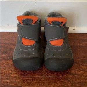 KEEN kids boots